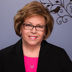 Louise Hinch